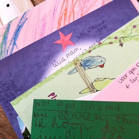 Ik maakte met de kinderen post voor mijn ouders